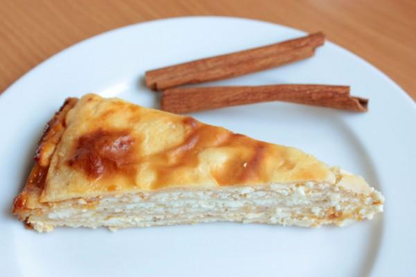 Рецепт                  Блинный пирог с творогом и абрикосовым вареньем