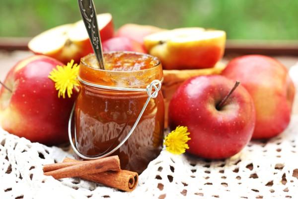 Рецепт                  Яблочное варенье с корицей