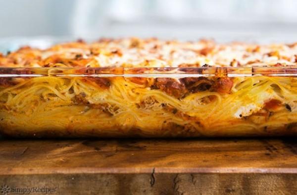 Рецепт                  Запеканка из спагетти и мясного фарша