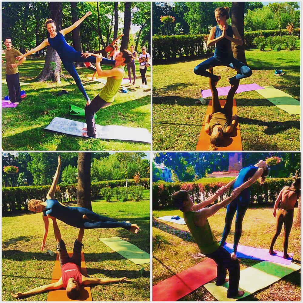 Анна Козырь похвасталась акробатическими трюками