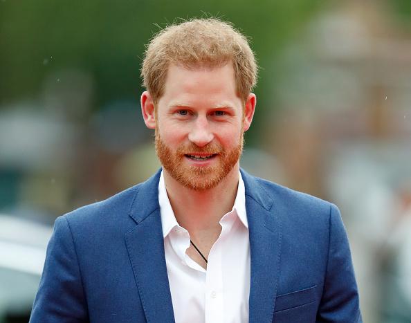 Принц Гарри помирился с семьей и останется в Великобритании – СМИ