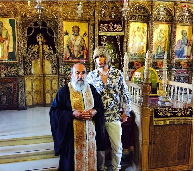 Сергей Зверев в храме святого Киприана и Иустинии