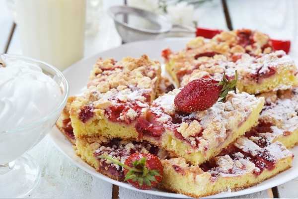 Рецепт                  Простой клубничный пирог