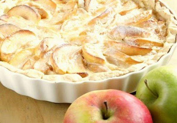 Рецепт                  Яблочный пирог со сметанной заливкой