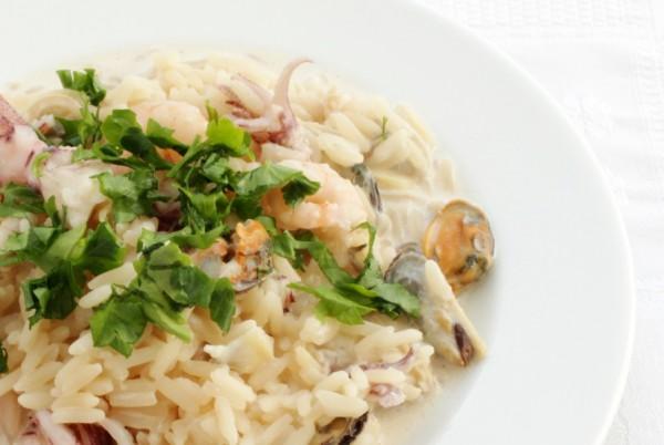 Рецепт                  Рис с морепродуктами в сливочном соусе