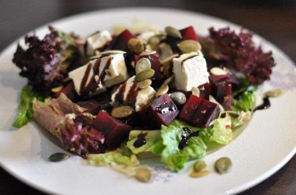 Рецепт                  Салат из свеклы с фетой