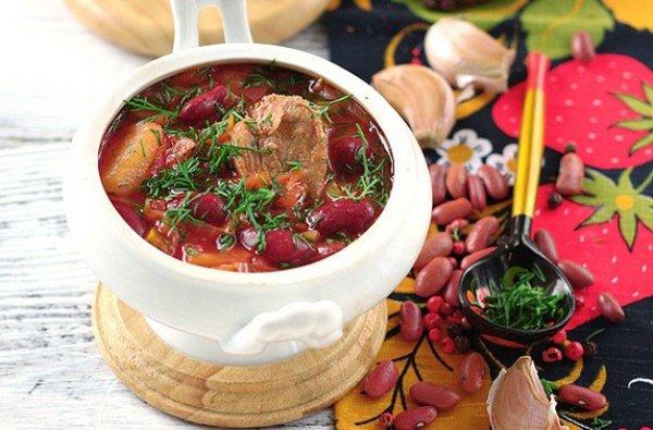 Рецепт                  Борщ с говядиной и красной фасолью