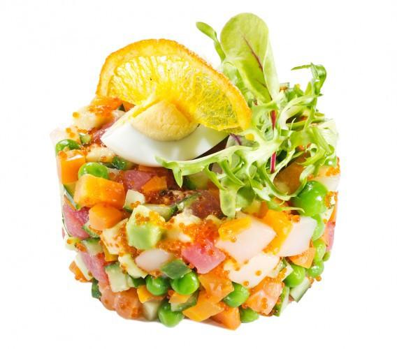 Рецепт                  Рецепты на 8 марта: Салат Оливье с лососем