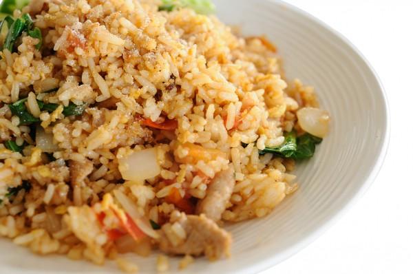 Рецепт                  Жареный рис со свининой от Марты Стюарт