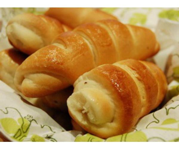 Рецепт                  Полосатые кифле с сыром