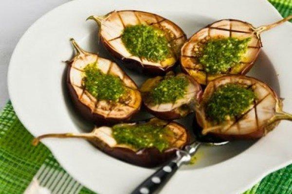 Рецепт                  Баклажаны на гриле с укропным соусом