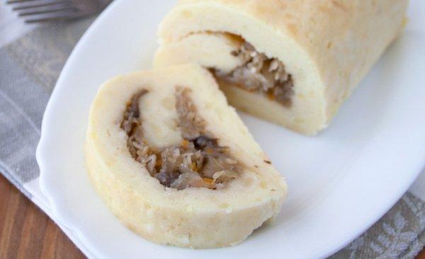 Рецепт                  Картофельный рулет с грибами и квашеной капустой