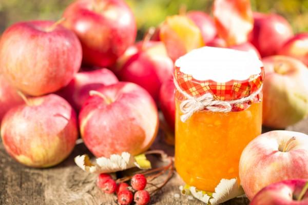 Рецепт                  Яблочное варенье без сахара