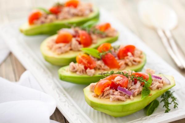 Рецепт                  Закуска из авокадо и тунца