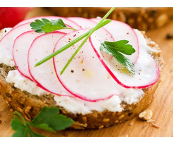 Рецепт                  Бутерброд с сыром и редисом