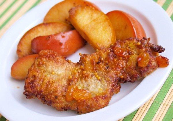 Рецепт                  Свиные отбивные с яблоками