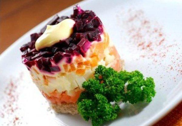 Рецепт                  Праздничный салат к 8 марта: Лосось под шубой