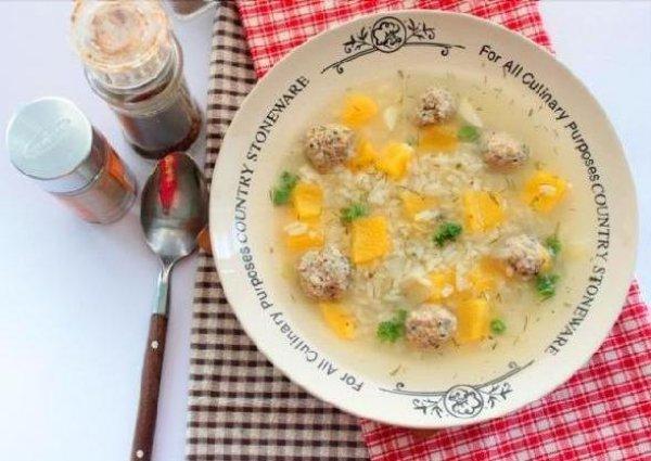 Рецепт                  Осенний суп с мясными шариками