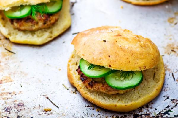 Рецепт                  Блюда для пикника: Бургеры с курицей
