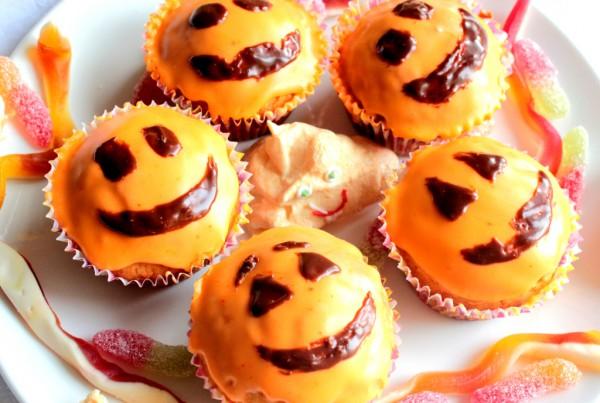 Рецепт                  Апельсиновые кексы на Хэллоуин