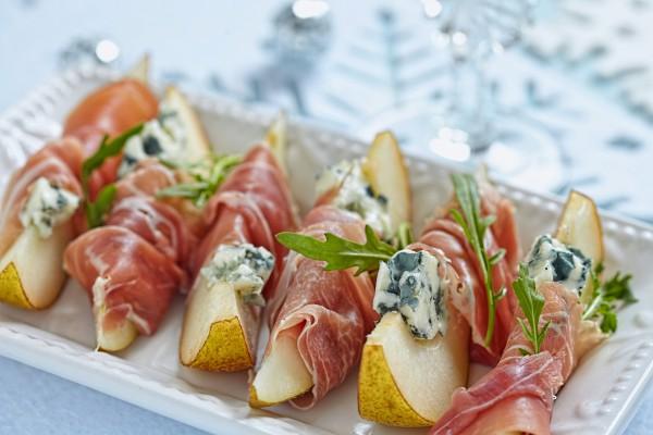 Рецепт                  Новогодняя закуска из груш и голубого сыра