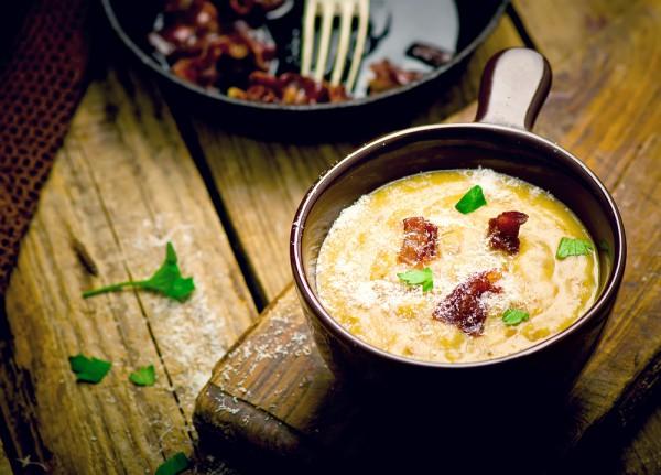 Рецепт                  Картофельный суп-пюре с беконом