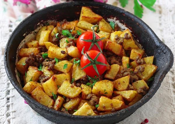 Рецепт                  Жареный картофель с мясным фаршем