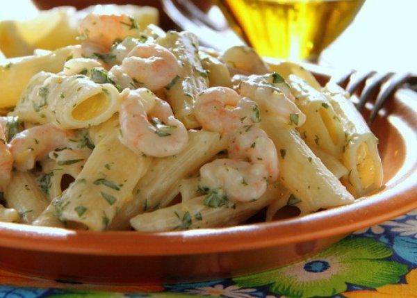 Рецепт                  Паста с креветками и соусом песто