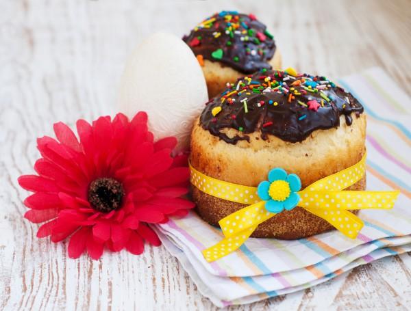 Рецепт                  Пасхальный кулич с шоколадной глазурью