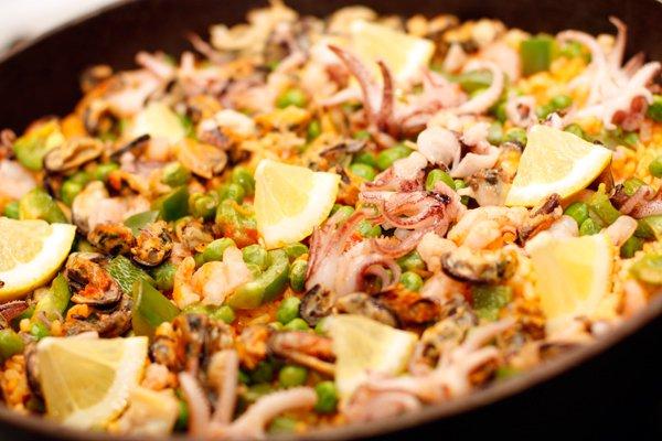 Рецепт                  Паэлья с морепродуктами