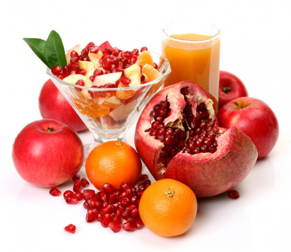 Рецепт                  Осенний фруктовый салат из яблок, мандаринов и граната