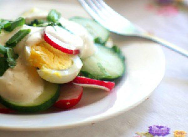 Рецепт                  Весенний салат с редисом