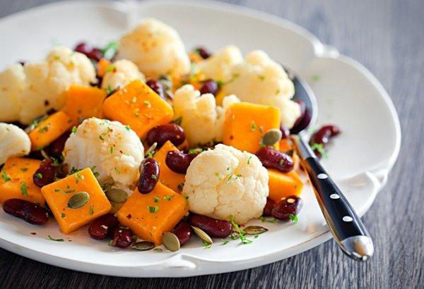 Рецепт                  Салат из тыквы с цветной капустой и фасолью