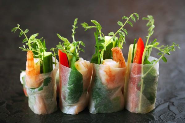 Рецепт                  Спринг-роллы с овощами и креветками