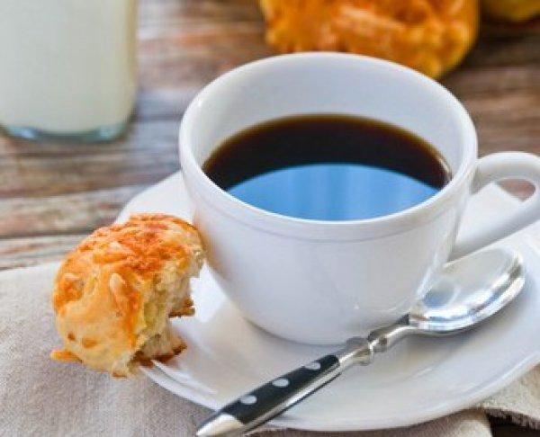 Рецепт                  Сырные булочки к утреннему кофе