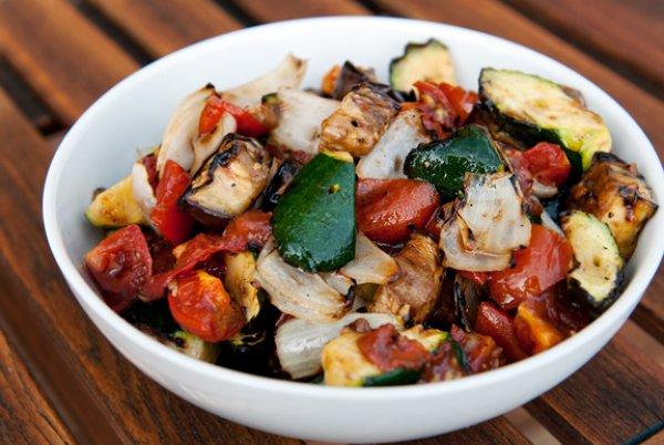 Рецепт                  Гриль-салат из овощей с моцареллой