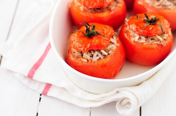 Рецепт                  Фаршированные помидоры с рисом и мясом