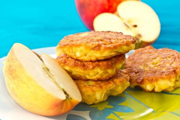 Рецепт                  Яблочные оладьи