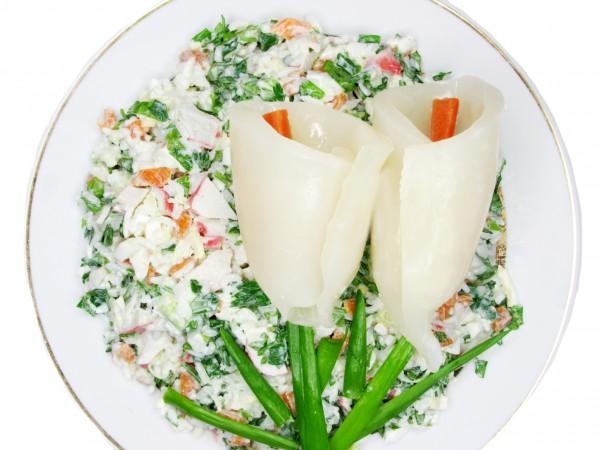 Рецепт                  Салат в виде цветов к 8 марта