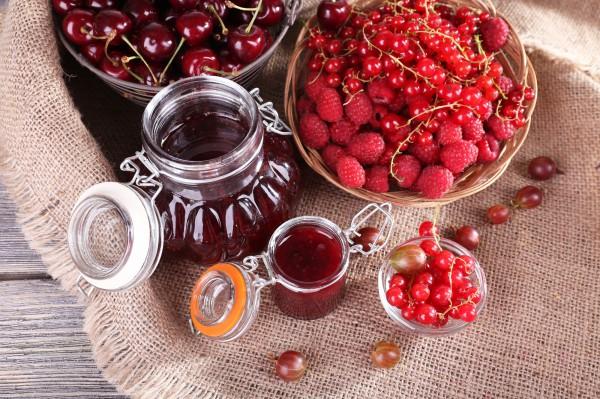 Рецепт                  Варенье из малины и крыжовника