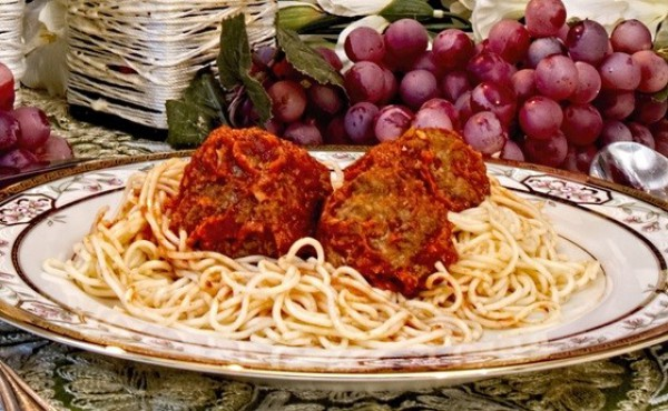 Рецепт                  Спагетти с мясными шариками от Марты Стюарт
