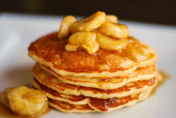 Рецепт                  Банановые оладьи на молоке