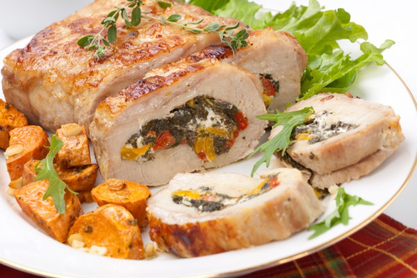 Рецепт                  Рецепты на 8 марта: Мясной рулет с овощами