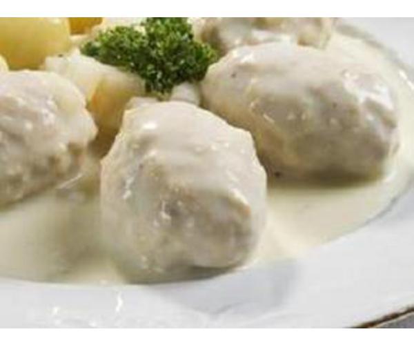 Рецепт                  Тефтели под соусом бешамель