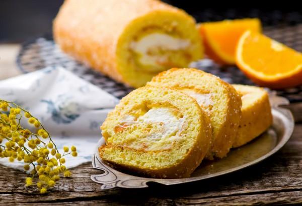 Рецепт                  Апельсиновый бисквитный рулет