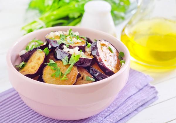 Рецепт                  Запеченные баклажаны с чесноком